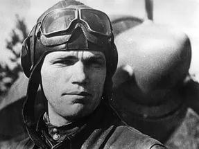 Храбрость без закалки — холостой выстрел. 96 лет назад родился Иван Никитович Кожедуб