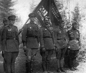 18 сентября 1941 года в Красной армии появилась «гвардейская честь»