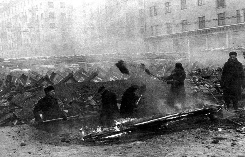 19 октября 1941 года в Москве объявлено осадное положение