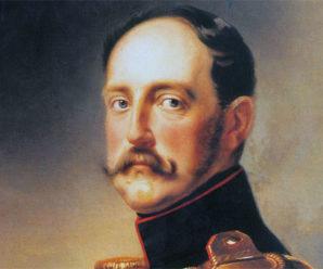 11 марта 1834 года Николай I утвердил «Положение о гражданских мундирах»