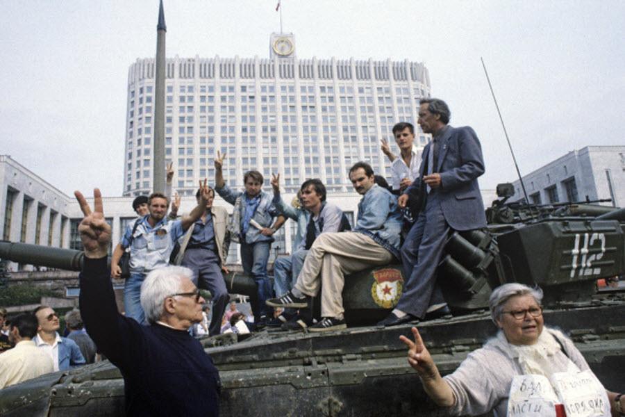 Реально ли было спасти от развала Советский Союз?