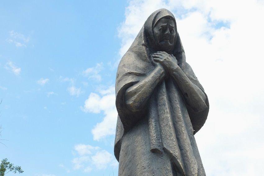 Памятник Марии Матвеевне