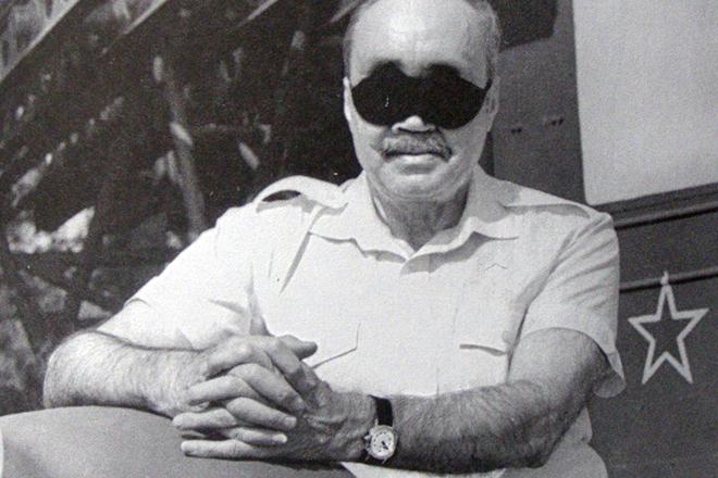 7 сентября 1923 года родился советский поэт Эдуард Асадов