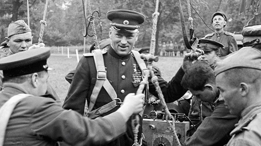 21 декабря 1896 года родился Константин Рокоссовский