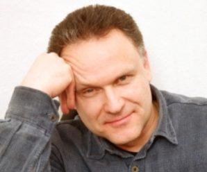14 февраля 1949 года родился Николай Еременко (младший)