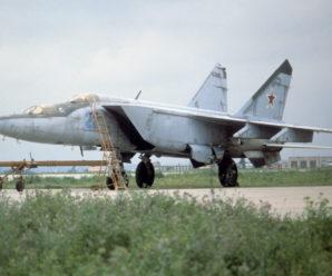 Достойные соперники: как истребители МиГ-25 сражались с F-15 Eagle
