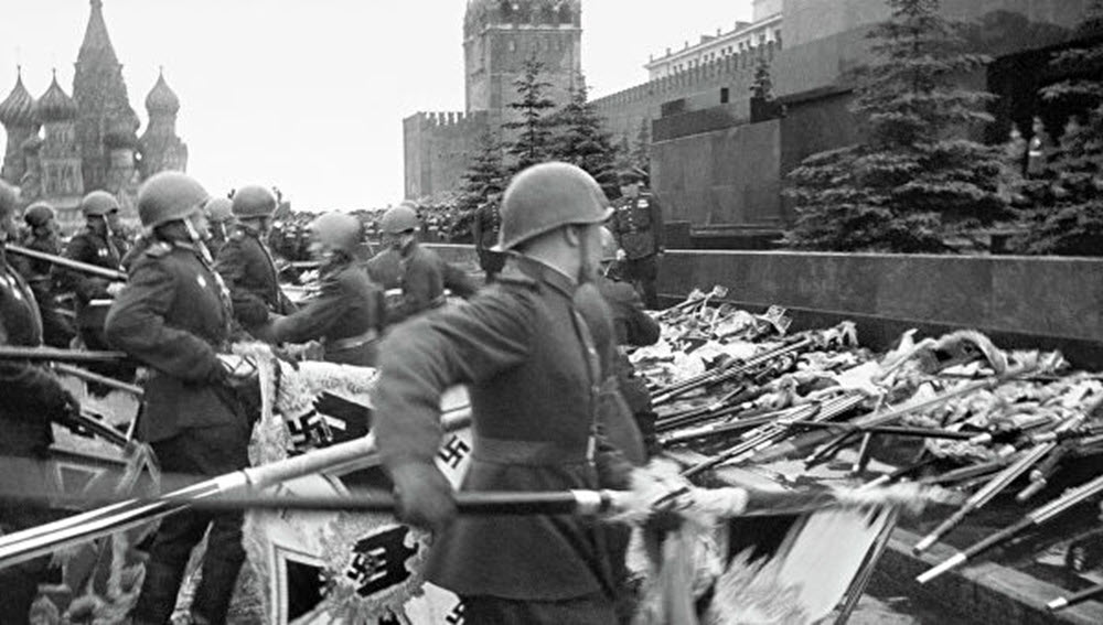 24 июня 1945 года в столице состоялся Парад Победы